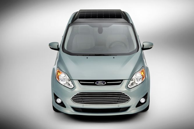 ford-solar-powered-car-with-sun-tracking-technology