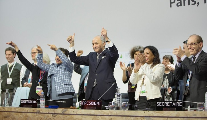 Historical moment: Paris Agreement is adopted – View the text here!