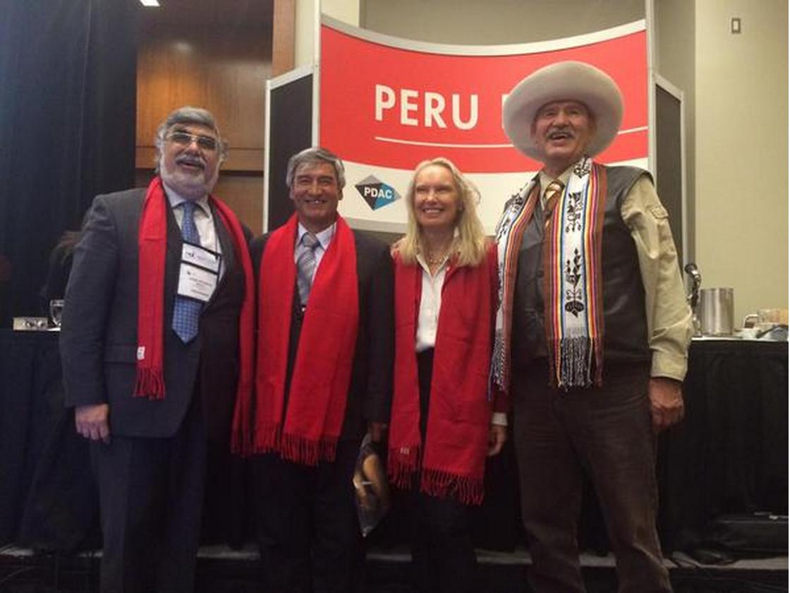 Gracias a PDAC pudo formarse una hermandad entre los representantes de Chumbivilcas y de los pueblos aborígenes Canadienses.